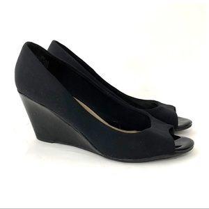 Bandolino Black TuffLove Peep Toe Wedge Heel 9